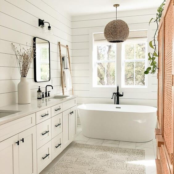 Wood Shiplap Bathroom Wall