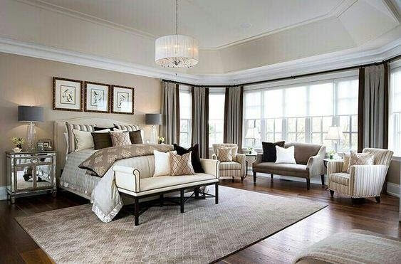 Classic Style Wall Decor Idea for Master Bedroom