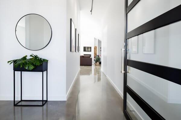 hallway wall decor ideas