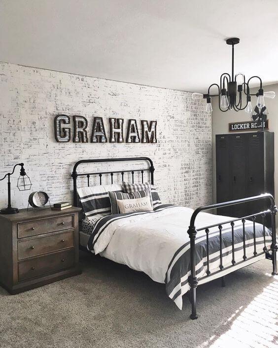 Vintage Glamor Teen Boy Bedroom Look