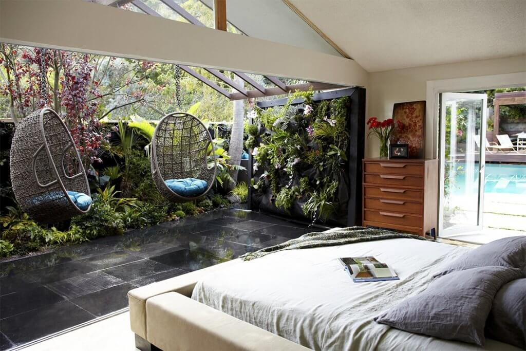 21+ Tropical Bedroom to Color up Your Bedroom (2021)