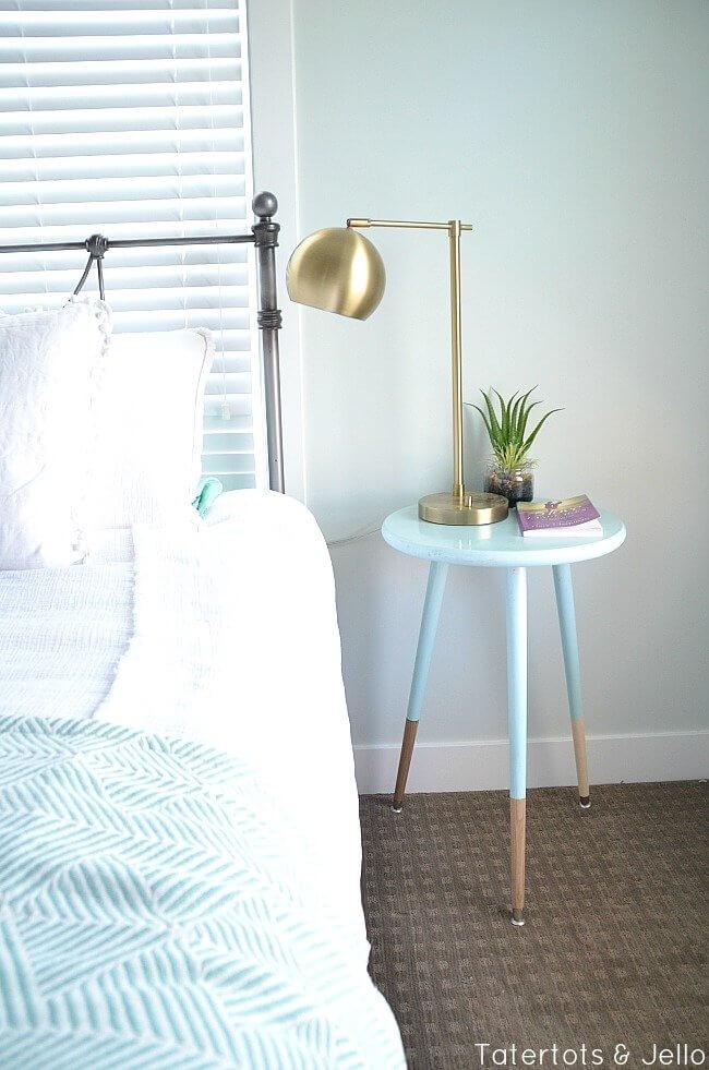 DIY Modern Farmhouse Dipped Bedside Table