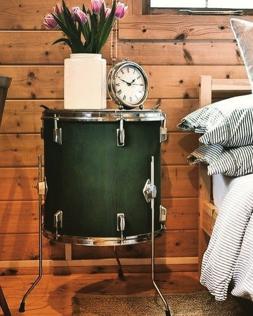 DIY project: Repurpose Musical Instruments to Bedside Tables