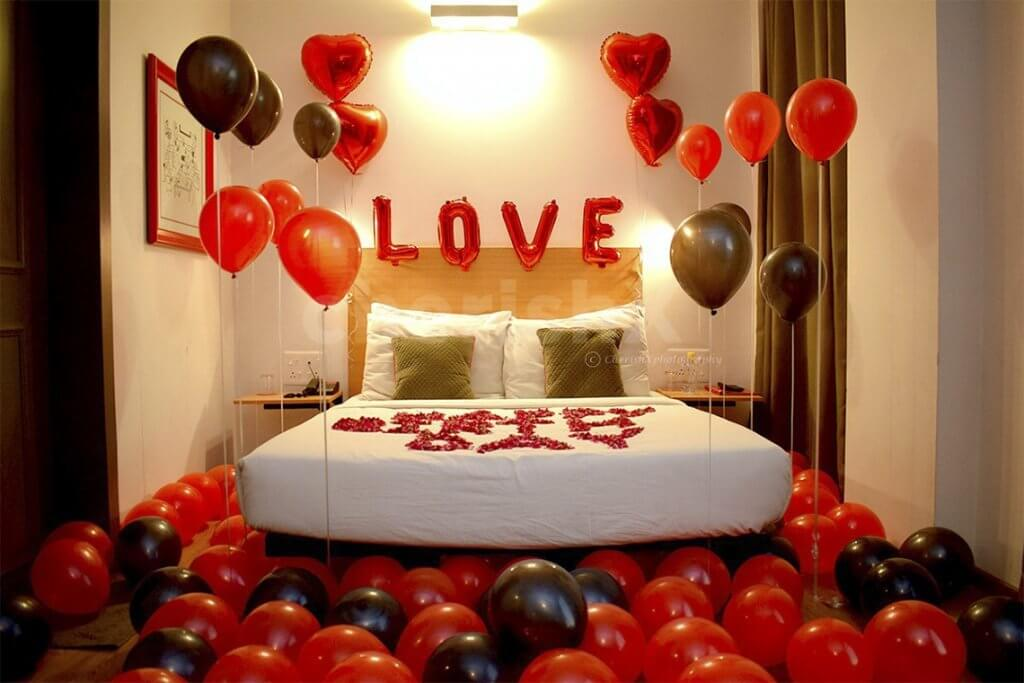 20+ Charming Bedroom Ideas for Couples To Create A Romantic Space